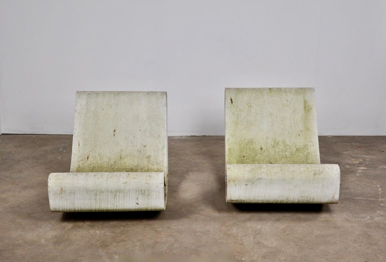 Set of Three Willy Guhl Loop Chairs on Concrete Pedestals For Sale 5