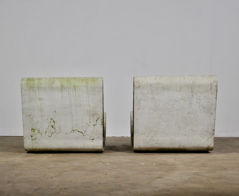 Set of Three Willy Guhl Loop Chairs on Concrete Pedestals For Sale 11