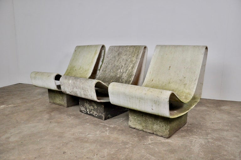 Set of Three Willy Guhl Loop Chairs on Concrete Pedestals For Sale 3