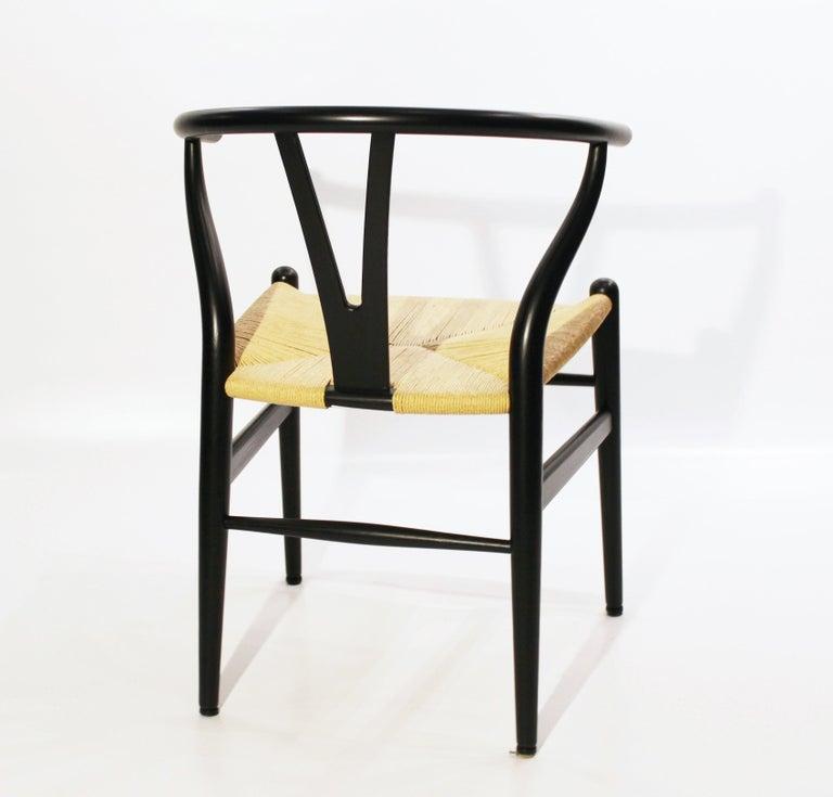 Scandinavian Modern Set of Three Wishbone Chairs, Model CH24, by Hans J. Wegner For Sale