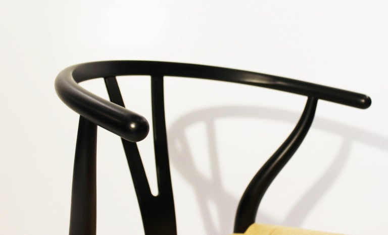 Set of Three Wishbone Chairs, Model CH24, by Hans J. Wegner In Good Condition For Sale In Lejre, DK