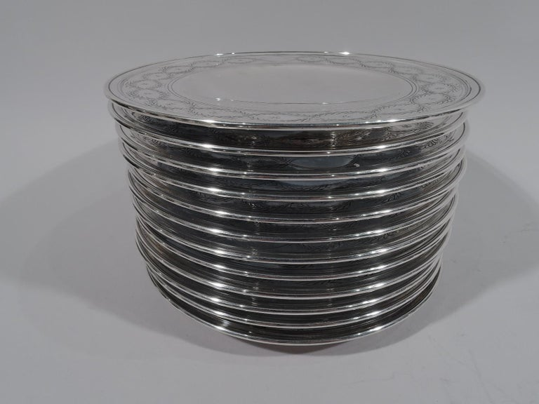 Set of Tiffany Winthrop Sterling Silver Dinner Plates and Bowls In Excellent Condition For Sale In New York, NY