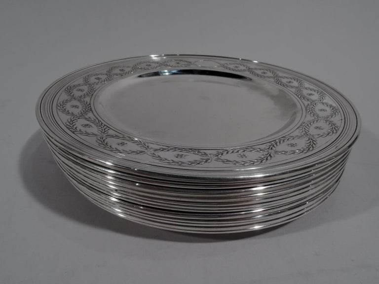 20th Century Set of Tiffany Winthrop Sterling Silver Dinner Plates and Bowls For Sale
