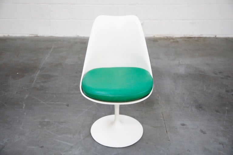 Set of Tulip Dining Side Chairs by Eero Saarinen for Knoll International, Signed For Sale 4