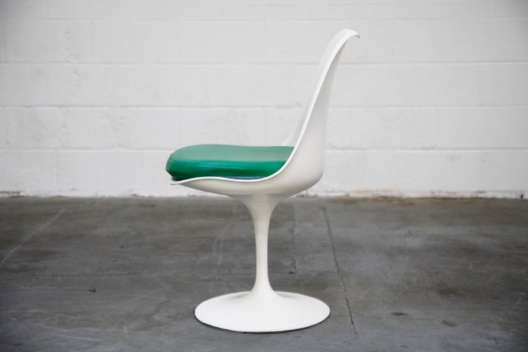 Set of Tulip Dining Side Chairs by Eero Saarinen for Knoll International, Signed For Sale 7