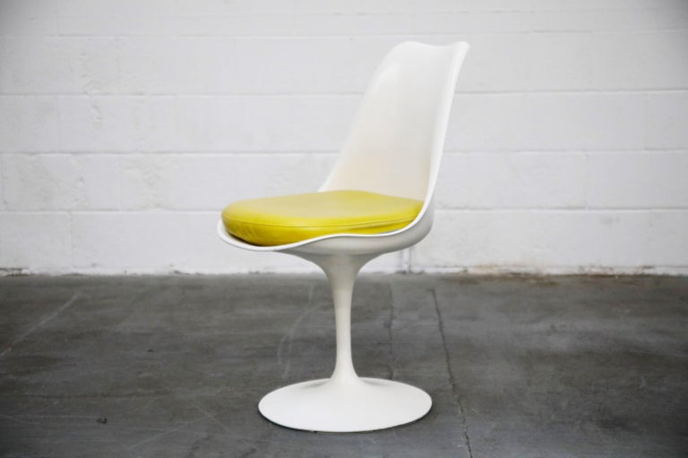 Set of Tulip Dining Side Chairs by Eero Saarinen for Knoll International, Signed For Sale 9