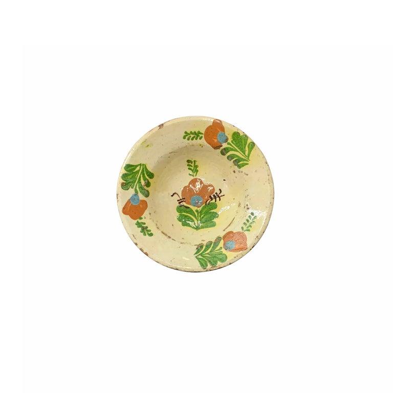 Set of Twelve 19th Century Hungarian Ceramic Bowls For Sale 3