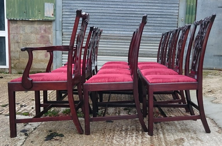 British Set of Twelve Antique Chippendale Dining Chairs by Edwards and Roberts For Sale