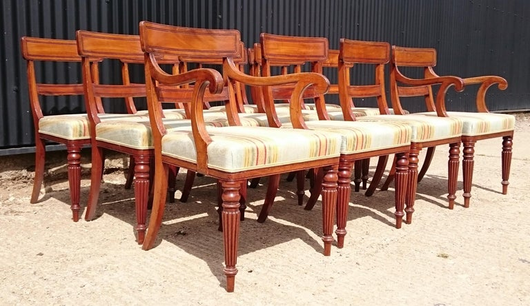 British Set of Twelve Early 19th Century Regency Mahogany Antique Dining Chairs For Sale