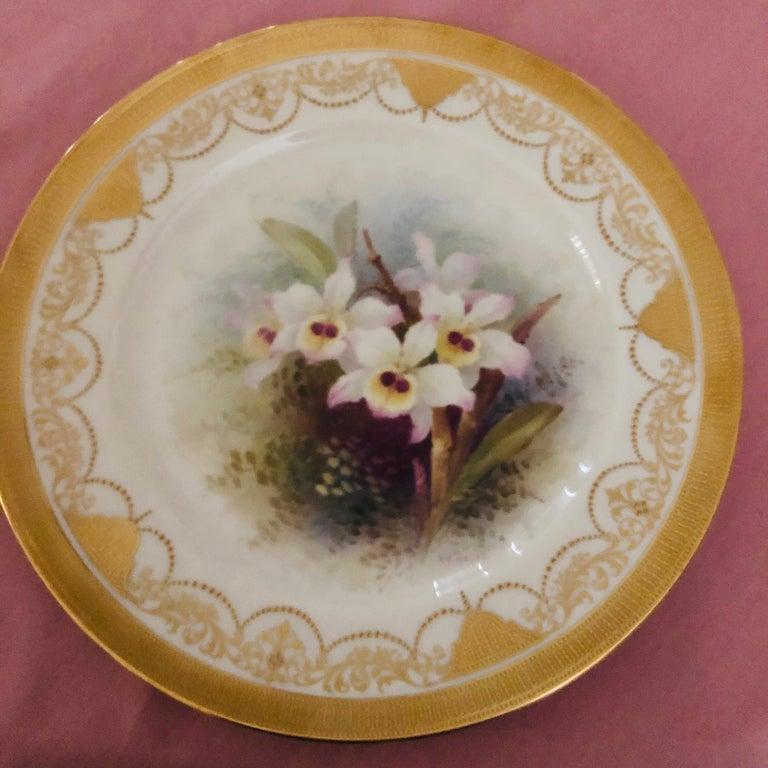 Set of Twelve Exceptional Lenox Orchid Dinner Plates Artist Signed W. H. Morley For Sale 3