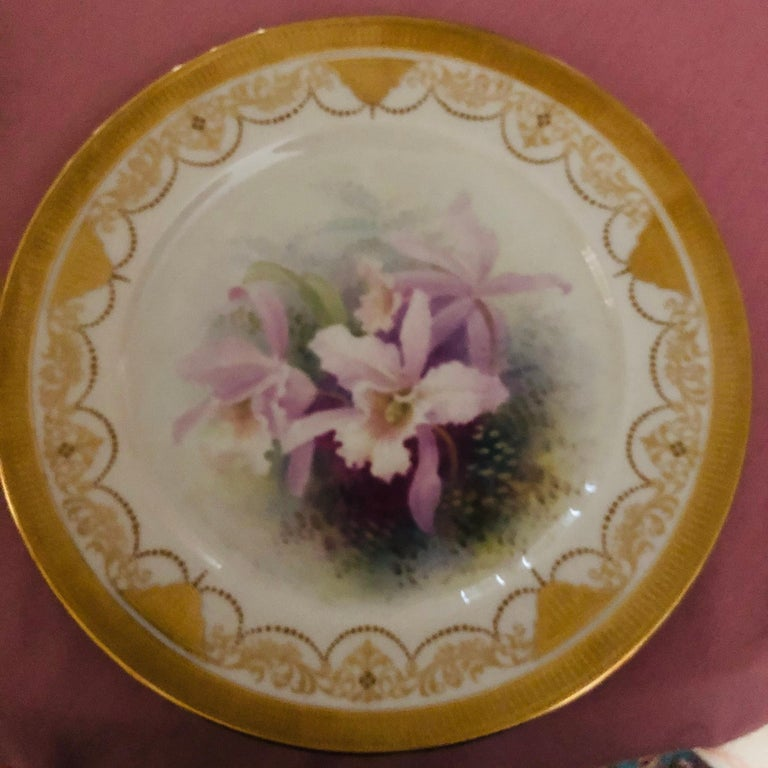 American Set of Twelve Exceptional Lenox Orchid Dinner Plates Artist Signed W. H. Morley For Sale