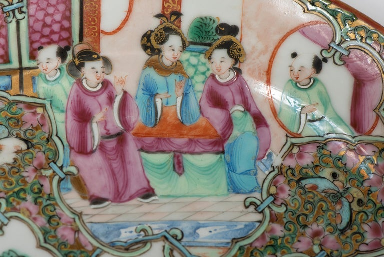 Set of Twelve Famille Vert Porcelain Plates, China circa 1900 For Sale 7
