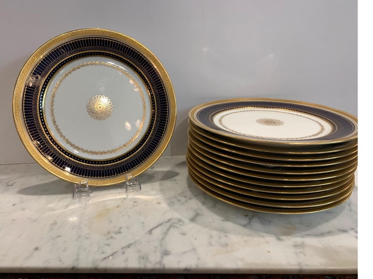 Set of Twelve Gold Gilt and Cobalt Service Plates BWM & Co. for Gillman, NYC In Good Condition For Sale In Lambertville, NJ