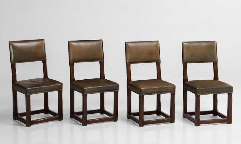 English Set of Twelve Gothic Oak Dining Chairs, England, circa 1880 For Sale