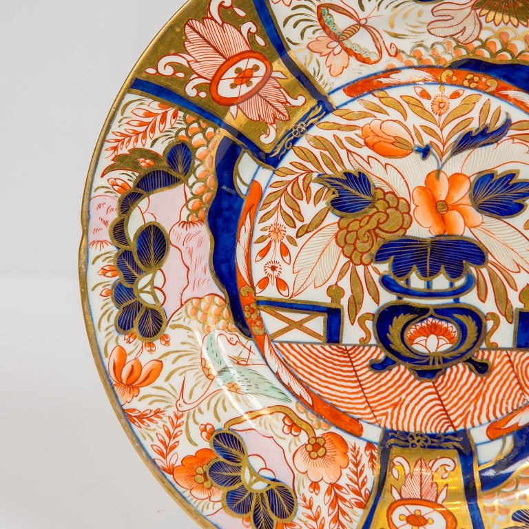 Hand-Painted Set of Twelve Imari Admiral Nelson Pattern Plates Made by Coalport, circa 1810 For Sale