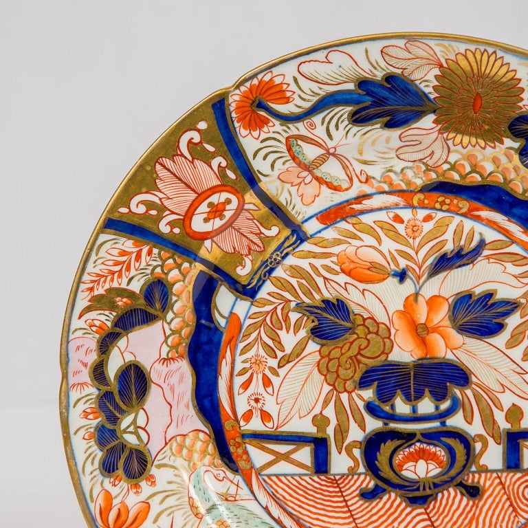 Set of Twelve Imari Admiral Nelson Pattern Plates Made by Coalport, circa 1810 In Excellent Condition For Sale In Katonah, NY