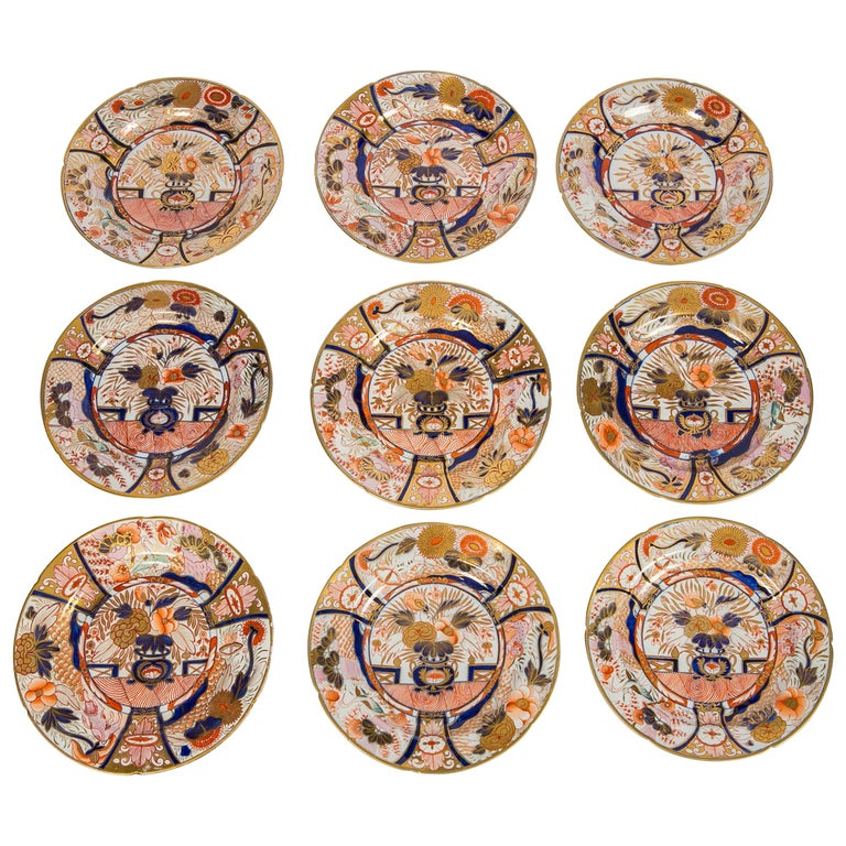 Set of Twelve Imari Admiral Nelson Pattern Plates Made by Coalport, circa 1810 For Sale