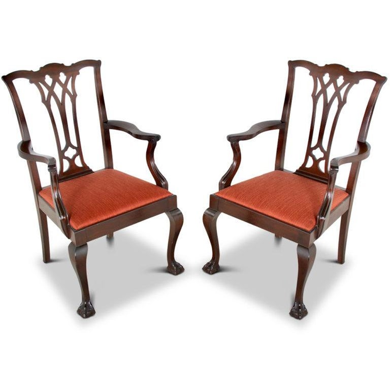 Set of Twelve Mahogany Chippendale Dining Chairs In Good Condition For Sale In Vancouver, British Columbia