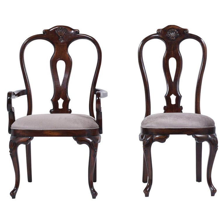 Queen Anne Vintage Set of Twelve Mahogany Dining Chairs For Sale
