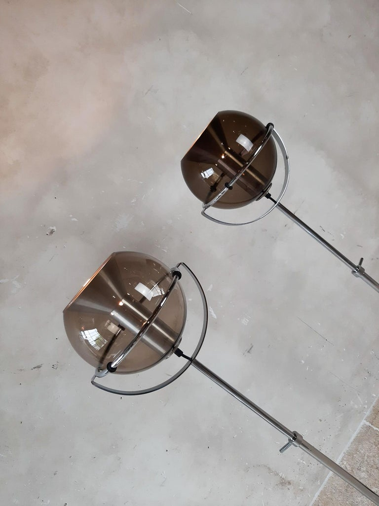 Set of Two 1960s Globe Floor Lamps by Frank Ligtelijn for RAAK Amsterdam For Sale 7