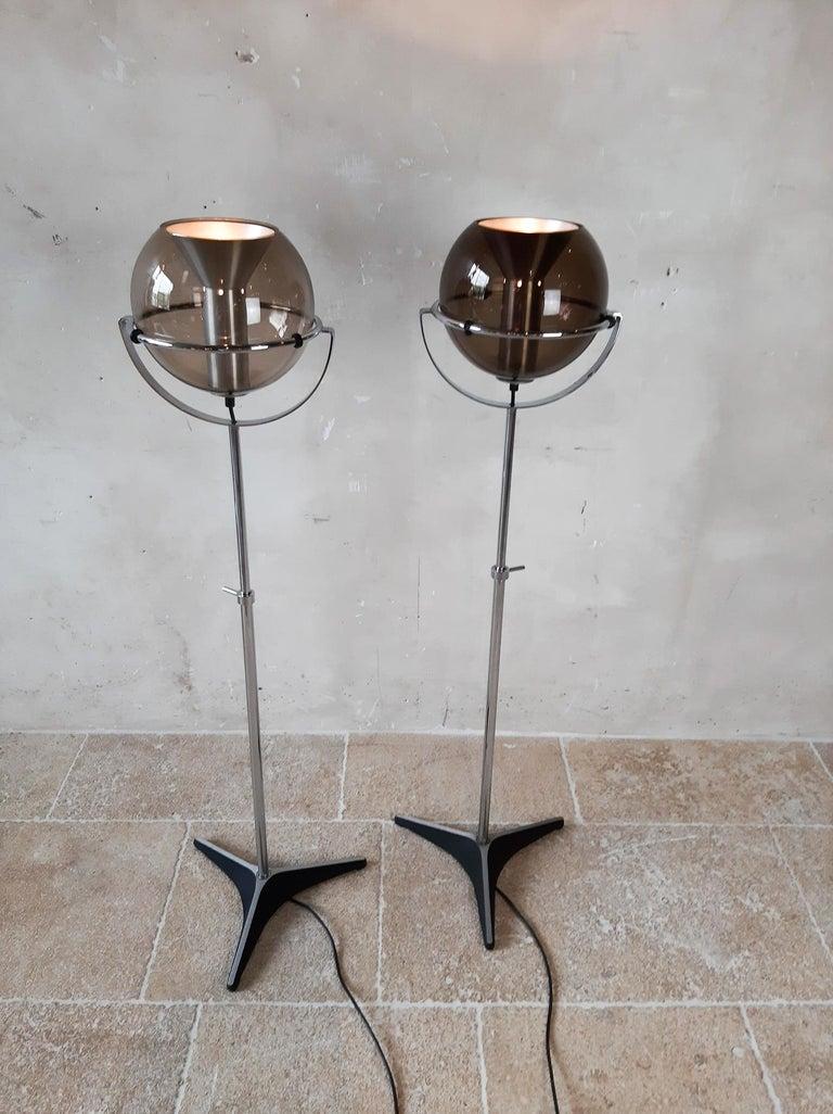 Set of Two 1960s Globe Floor Lamps by Frank Ligtelijn for RAAK Amsterdam For Sale 8