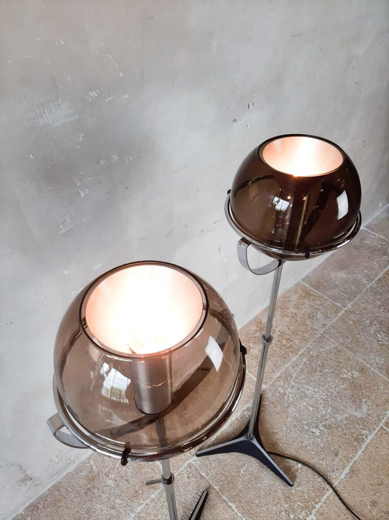 Set of Two 1960s Globe Floor Lamps by Frank Ligtelijn for RAAK Amsterdam For Sale 10