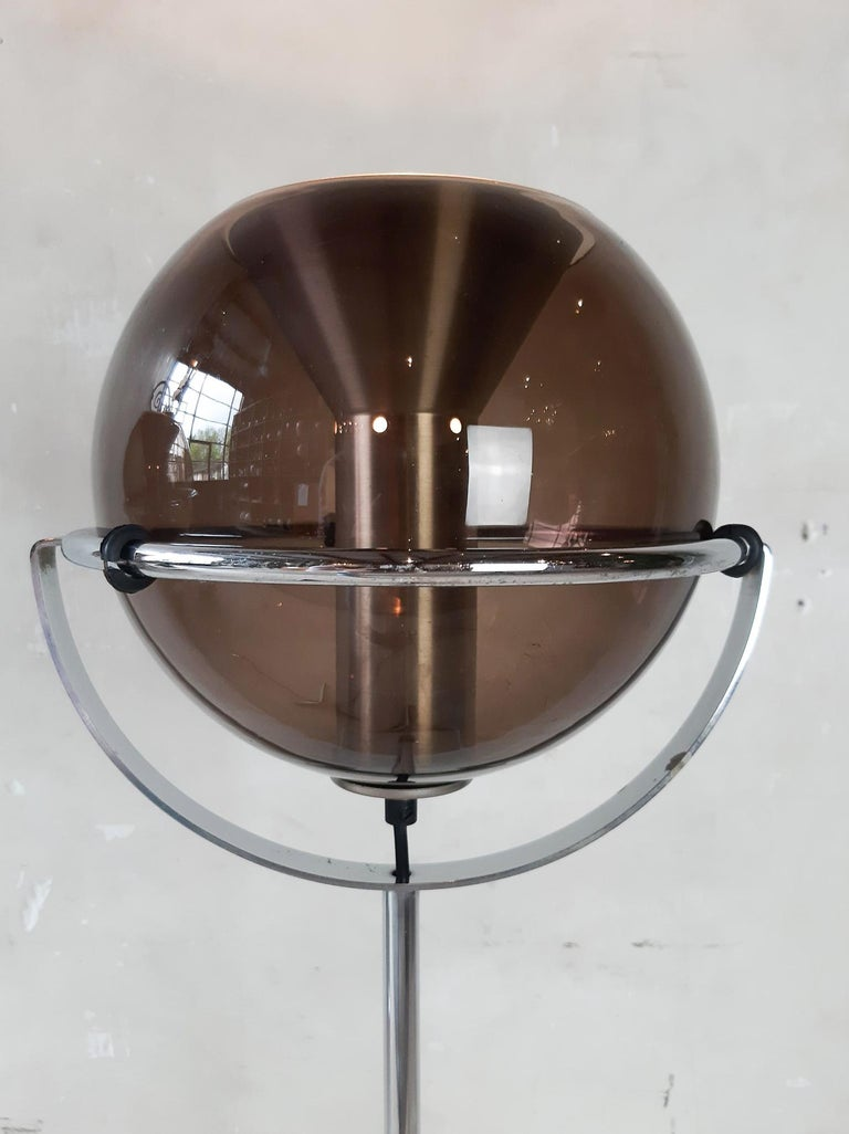 Mid-20th Century Set of Two 1960s Globe Floor Lamps by Frank Ligtelijn for RAAK Amsterdam For Sale