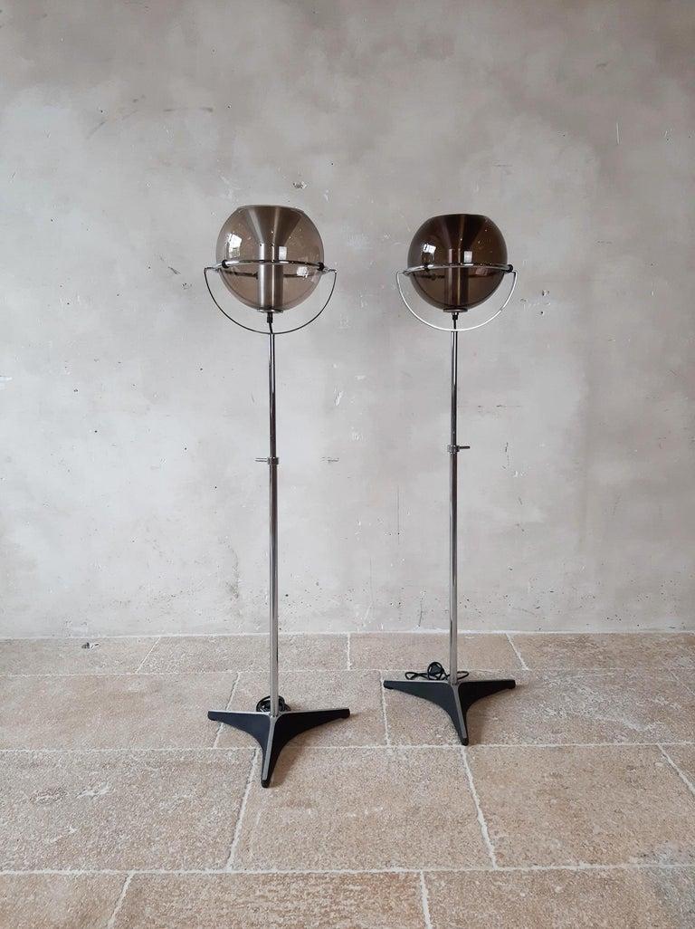 Metal Set of Two 1960s Globe Floor Lamps by Frank Ligtelijn for RAAK Amsterdam For Sale