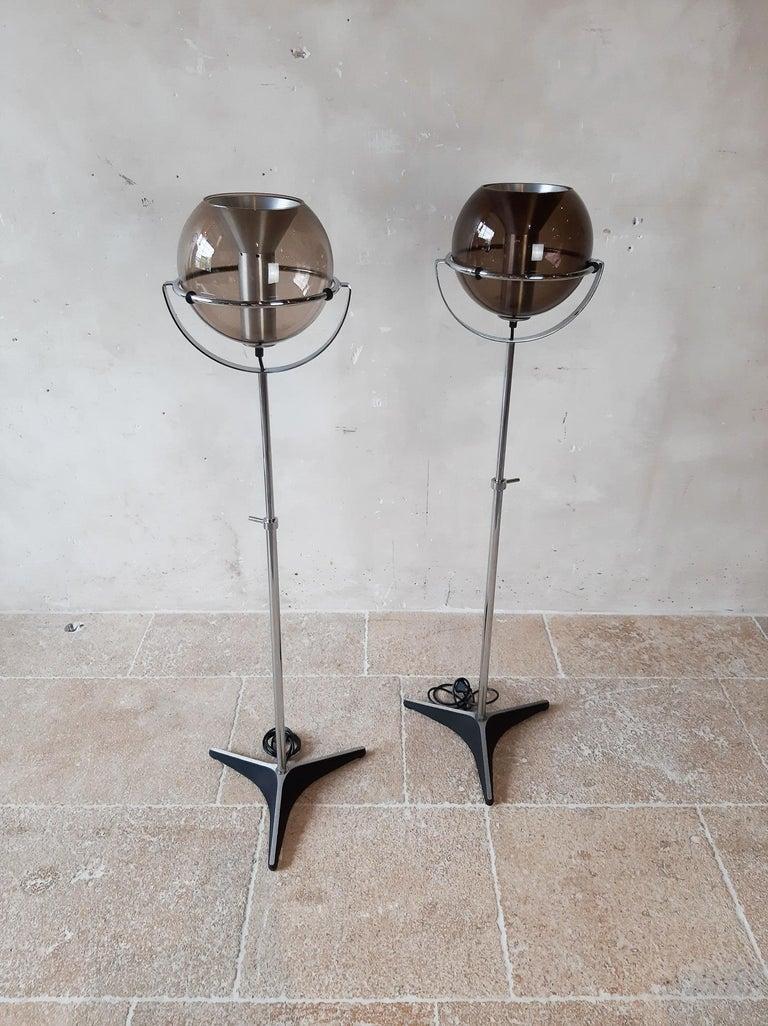 Set of Two 1960s Globe Floor Lamps by Frank Ligtelijn for RAAK Amsterdam For Sale 1