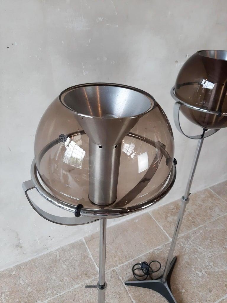 Set of Two 1960s Globe Floor Lamps by Frank Ligtelijn for RAAK Amsterdam For Sale 2