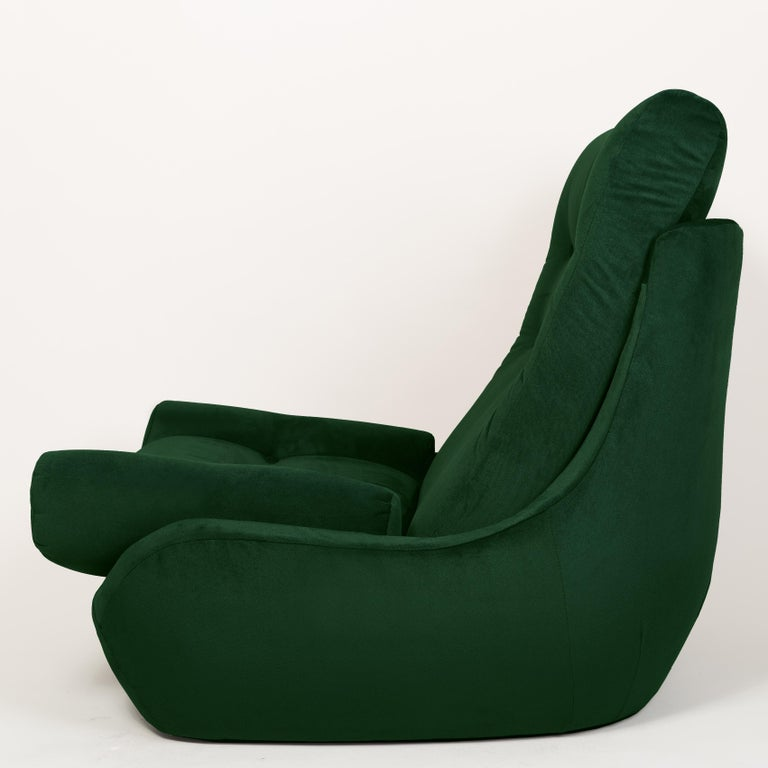 Mid-Century Modern Set of Two 20th Century Vintage Green Velvet Giant Atlantis Armchairs, 1960s For Sale