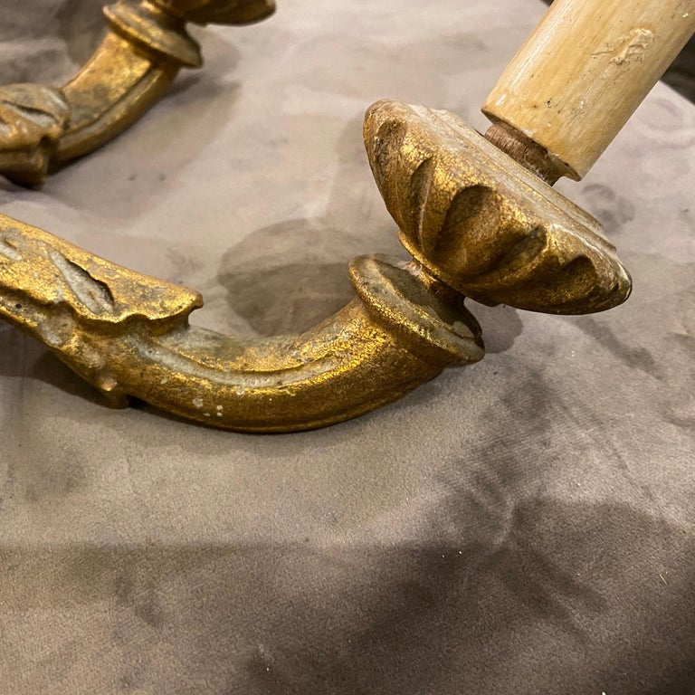 Set of Two Antique Giltwood Sicilian Wall Sconces, c.1900 For Sale 4