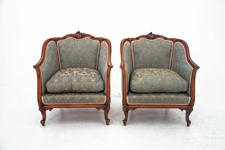 Early 20th Century Set of Two Armchairs and Table, France, circa 1920 For Sale