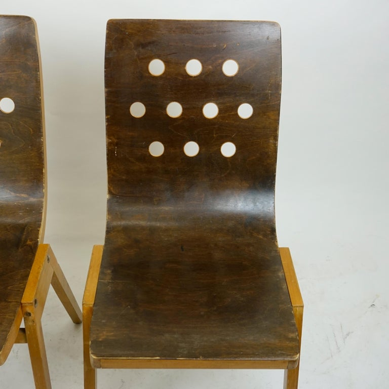 Set of Two Austrian Midcentury Beech Stacking Chairs by Roland Rainer For Sale 5