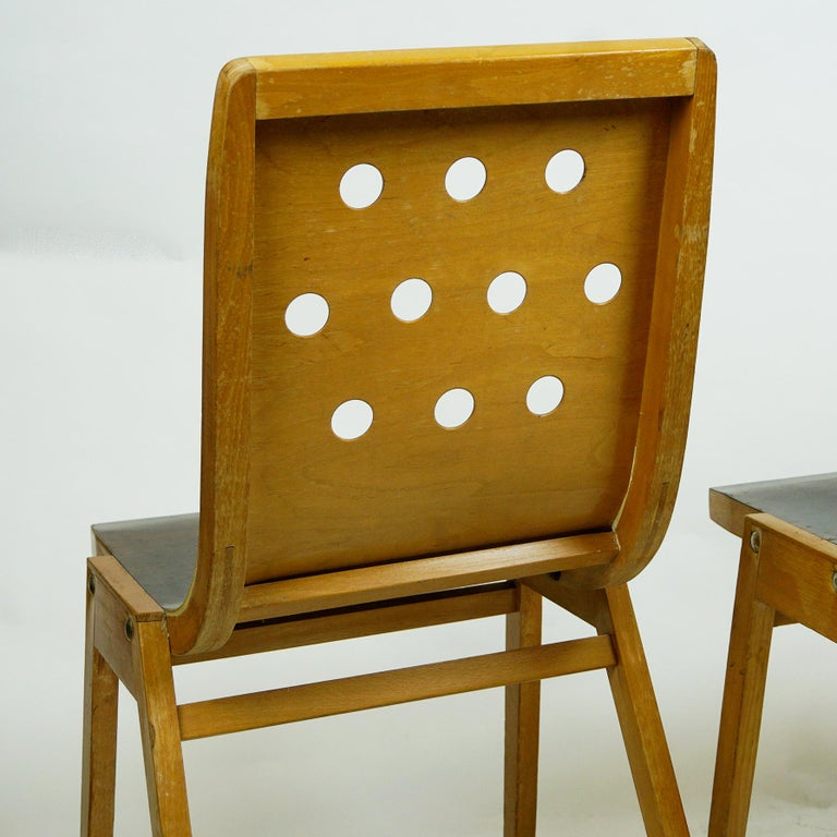 Set of Two Austrian Midcentury Beech Stacking Chairs by Roland Rainer For Sale 9
