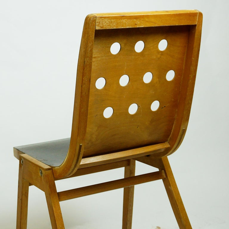 Set of Two Austrian Midcentury Beech Stacking Chairs by Roland Rainer For Sale 10