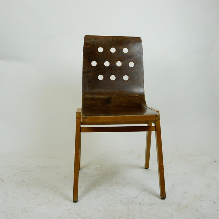 Set of Two Austrian Midcentury Beech Stacking Chairs by Roland Rainer For Sale 3