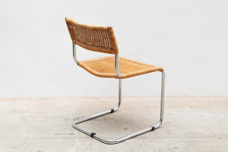 Hand-Crafted Set of Two Bauhaus Cantilever Chrome Woven Rattan Side Chairs 1960s Italy For Sale