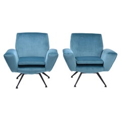 Set of Two Blue Reupholstered Italian Mid-Century Modern Lounge Chairs by Lenzi