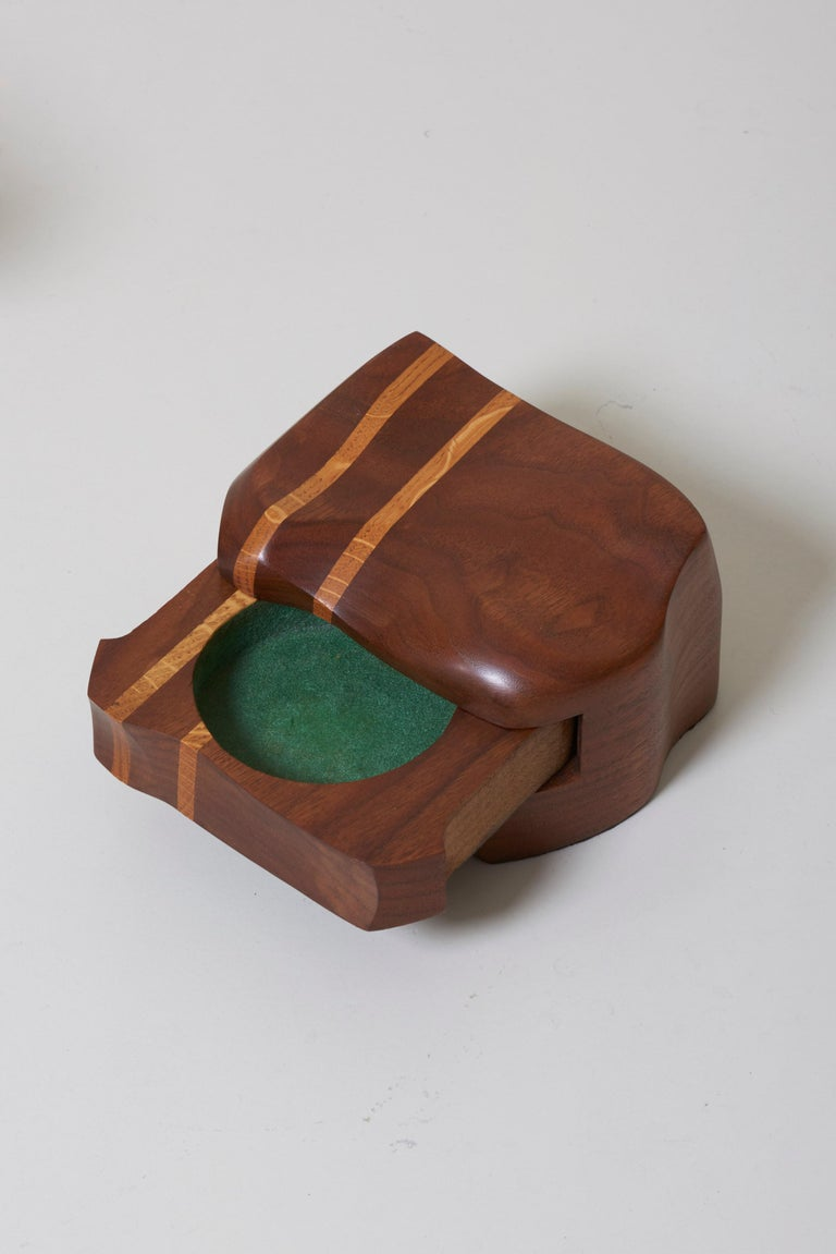 Mid-Century Modern Set of Two Charles Kaplan Studio Pieces a Jewelry Box and a Vase For Sale