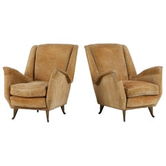 I. S. A. Bergamo Italian Set of Two Cream Coloured Wingback Chairs, 1950s