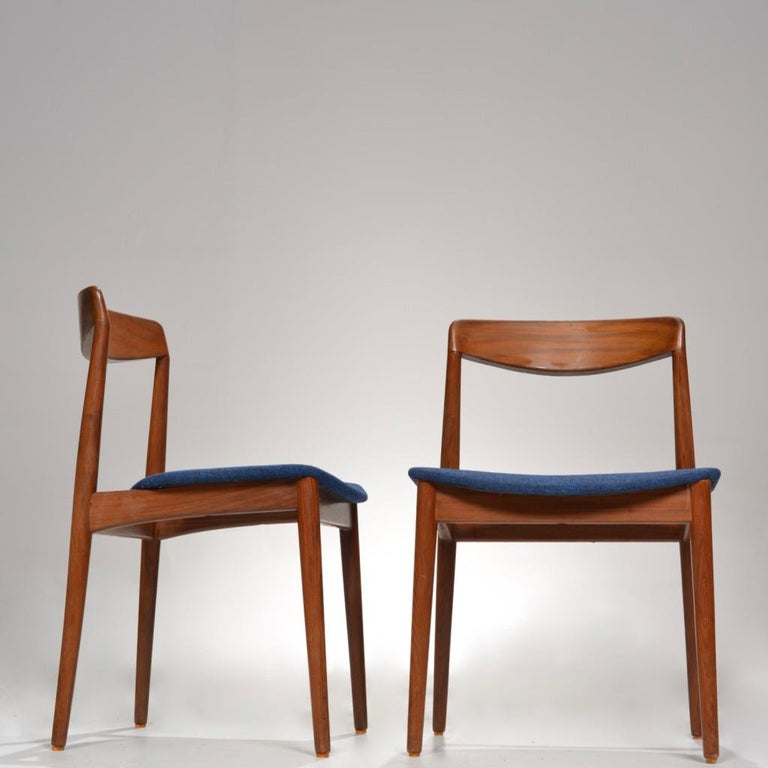 Mid-Century Modern Set of Two Curved Back Danish Teak Dining Chairs For Sale