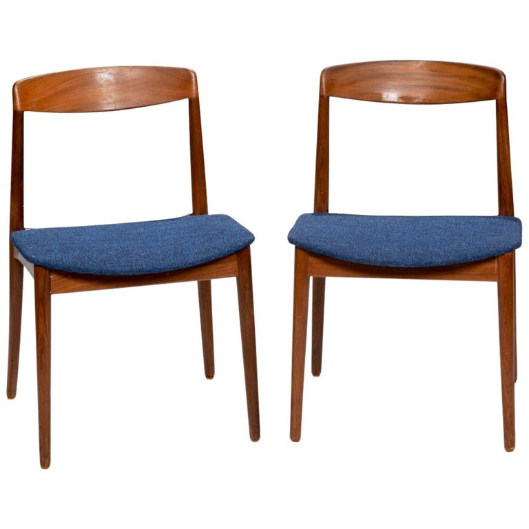 Set of Two Curved Back Danish Teak Dining Chairs For Sale