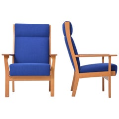 Set of Two Danish Mid-Century Modern GE 181 a Chairs by Hans Wegner for GETAMA