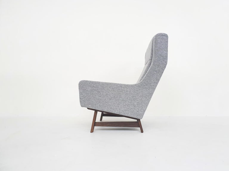 Set of Two Dutch or Scandinavian Design Lounge Chairs with Wenge Feet, 1950s For Sale 1