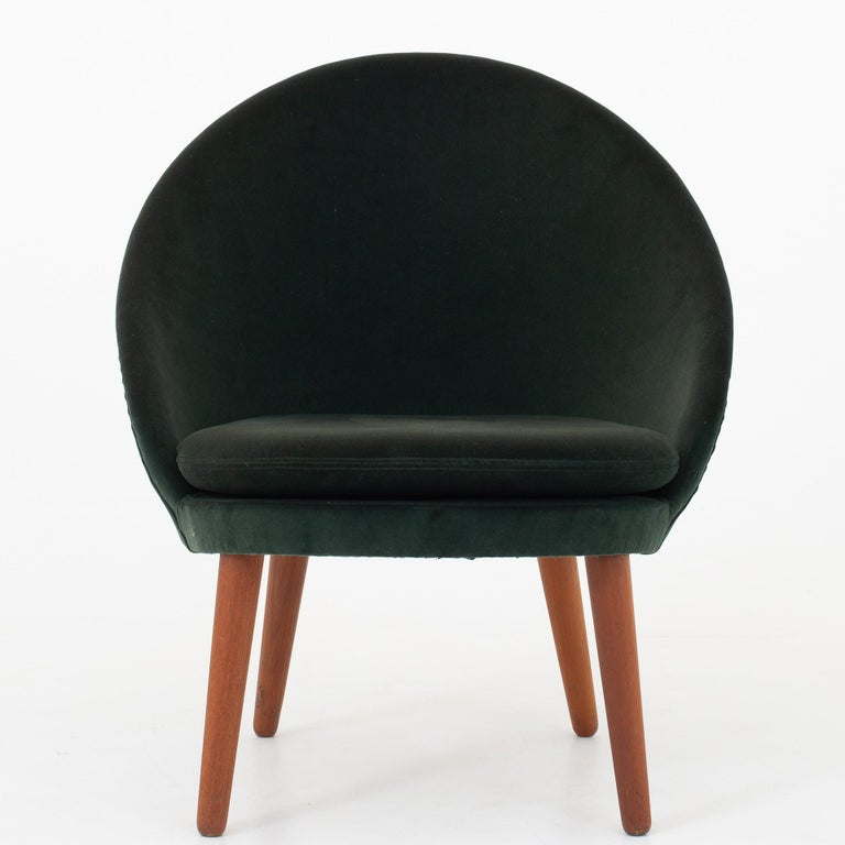 Set of Two Easy Chairs by Ejvind A. Johansson In Good Condition For Sale In Copenhagen, DK