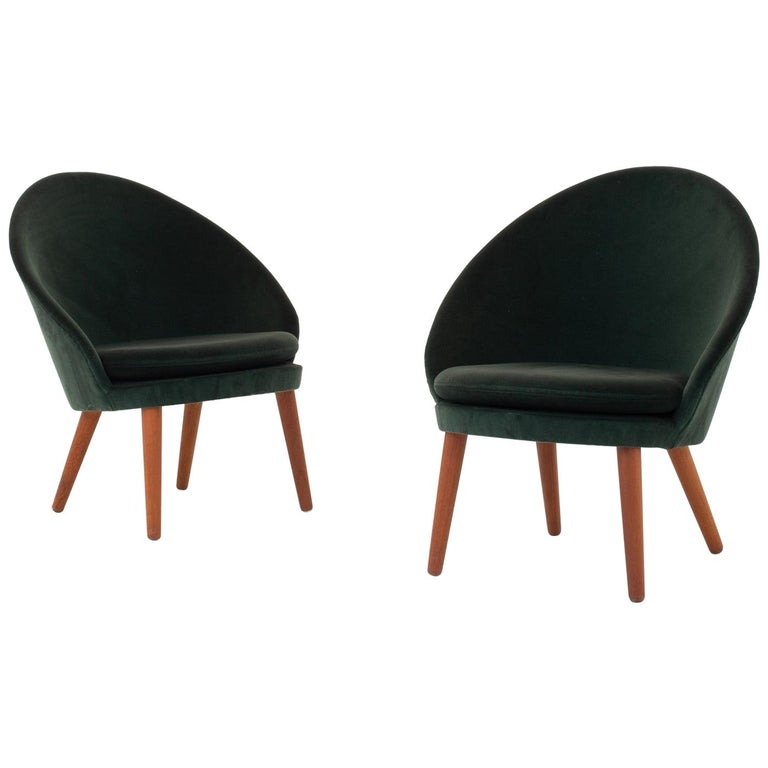Set of Two Easy Chairs by Ejvind A. Johansson For Sale
