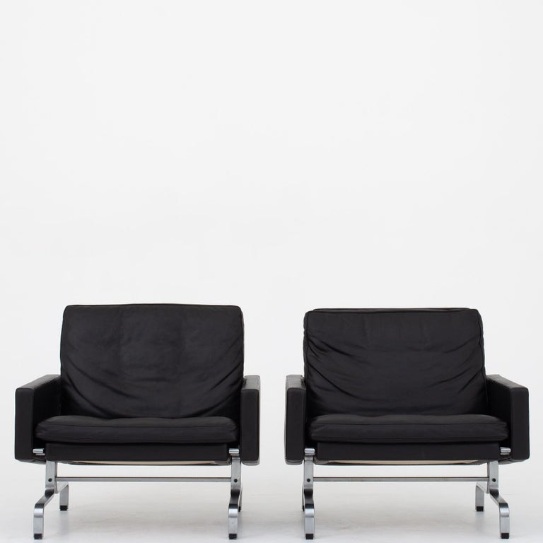 Set of Two Easy Chairs by Poul Kjærholm For Sale 4