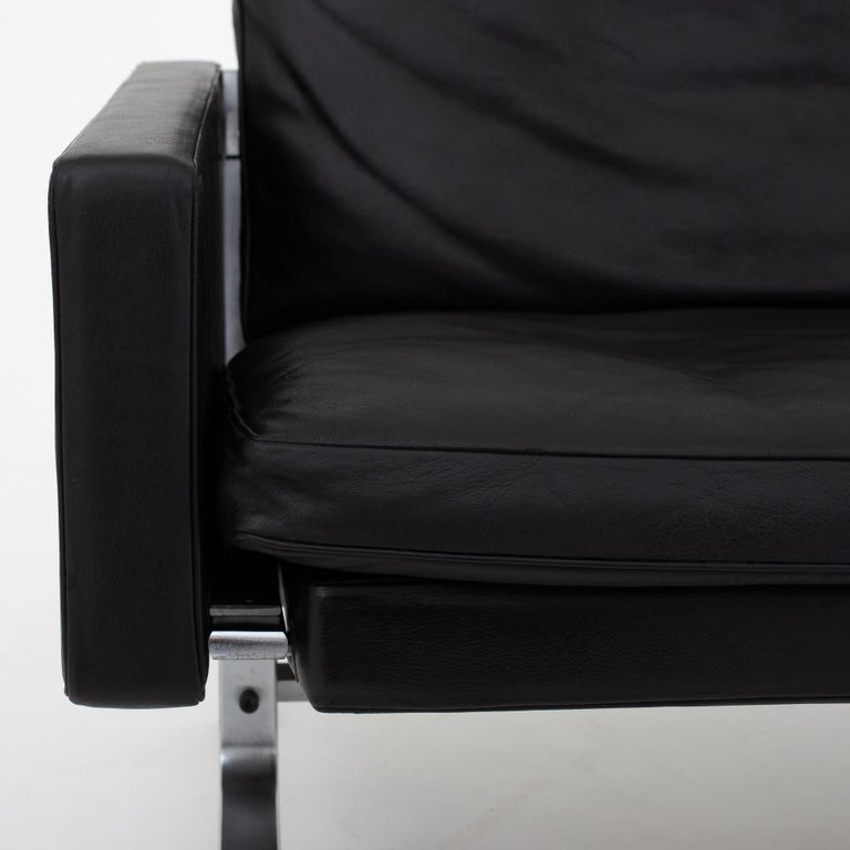 Set of Two Easy Chairs by Poul Kjærholm For Sale 2