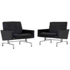 Set aus zwei Sesseln von Poul Kjærholm